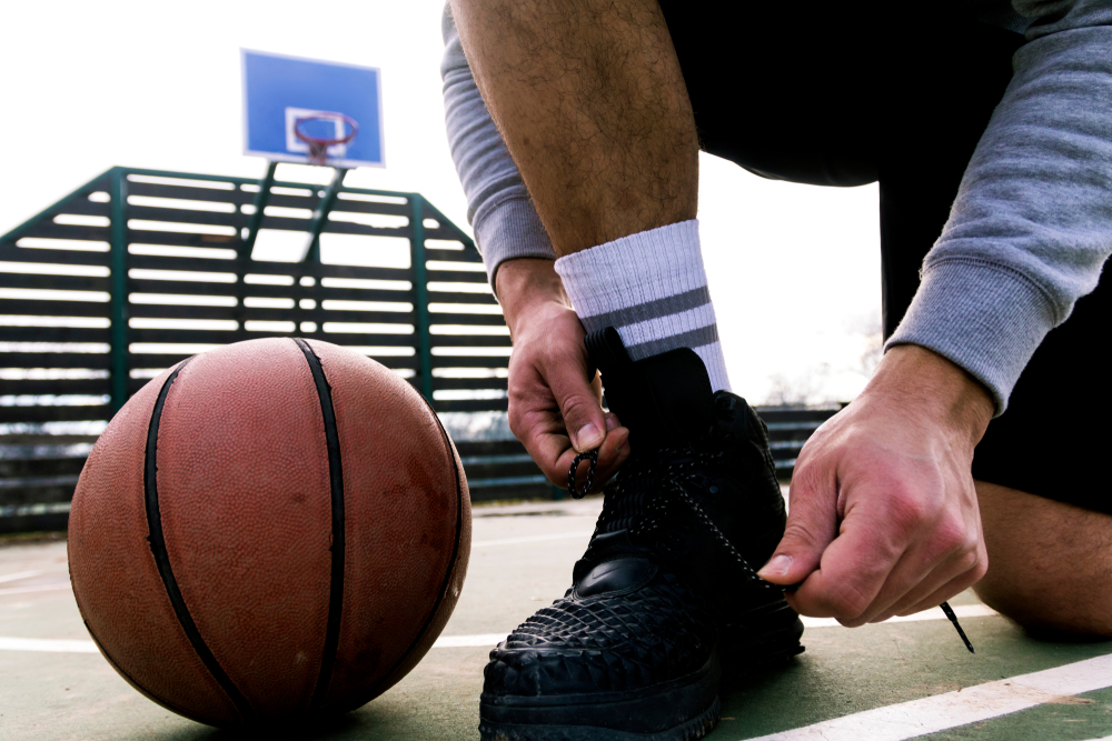Choosing A Best Basketball Shoe Pair for Outdoor