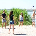 10 Helpful Volleyball Tips For Beginners to Start Playing
