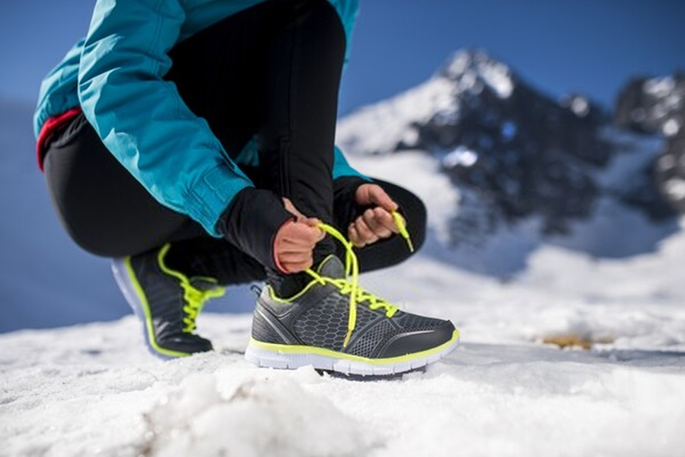 How to Choose the Best Running Shoes for Ice and Snow